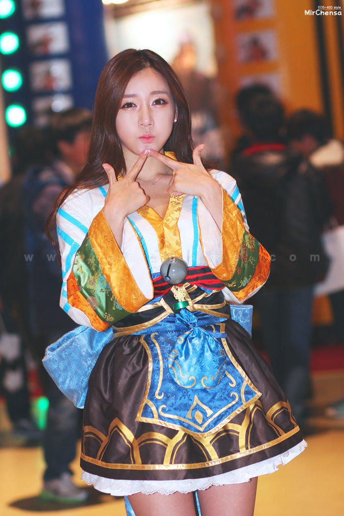 Showgirl Dungeon & Fighter Festival 2012: Han Ji Eun