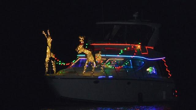 2016 Christmas Boat Parade - 2016%2BChristmas%2BBoat%2BParade%2B10.JPG