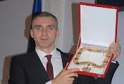 """Мэр Сенкевич получил николаевские клейноды: ключ от города, """"златую цепь"""" и удостоверение"""