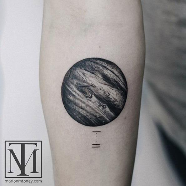 este_impressionante_em_preto_e_cinza_tinta_planeta