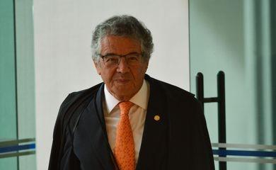 Marco Aurélio de Mello marca sua aposentadoria.