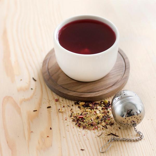 Pigeon Toe Ceramics - Peaked Teacup + Banded Saucer