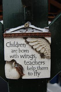 """""""Het kleine Paradijs"""" kinderen met vleugels"""