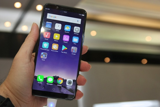 New Oppo Phone Spotted, Has Triple Rear Cameras