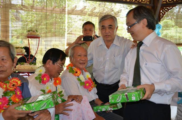 KM Vietnam mừng sinh nhật thầy cô  h14