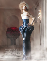 Luxo e névoa na Harper's Bazaar China