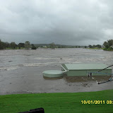 Flood in Helidon, Lockyer Valley – Queensland. The four photos show how quickly the floods happened on a farm on Monday 10.01.2011. There has never been water on this cultivation before. Lockyer Creek runs behind the cultivation. The times on the photos say it all. The farm is upstream from Grantham which got the full force of this creek, and another creek (Flagstone Creek) which joins into it just before Grantham