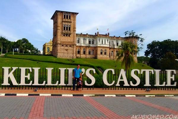 pasar malam brinchang's castle