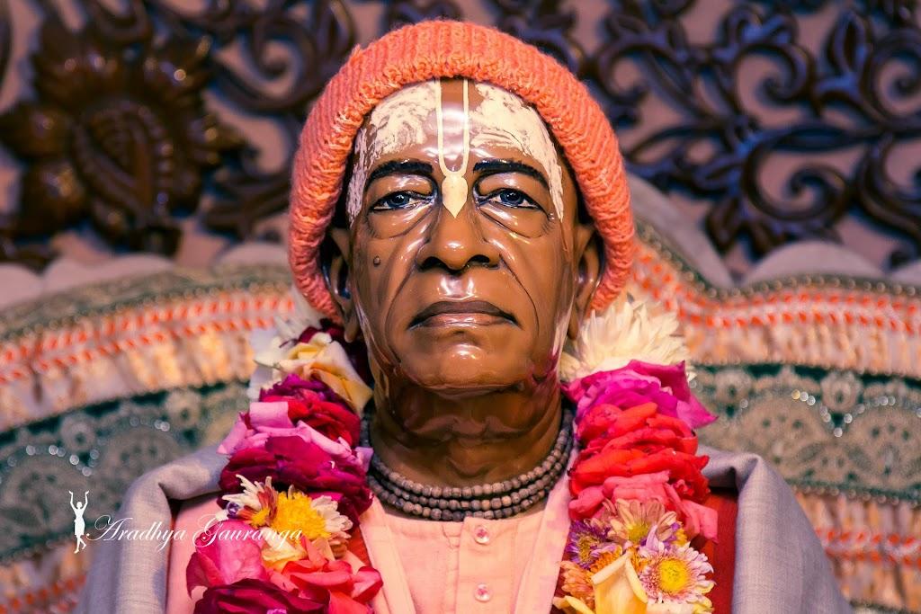 ISKCON Mayapur Deity Darshan 11 Jan 2017 (39)