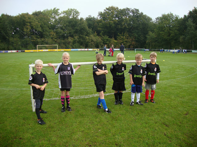CL 05-10-13 (Kabouters) - Kaboutervoetbal%2B002.JPG