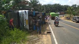 BREAKING NEWS | Kecelakaan Bus di Muarojambi, Penumpang Dilarikan ke Dua Rumah Sakit