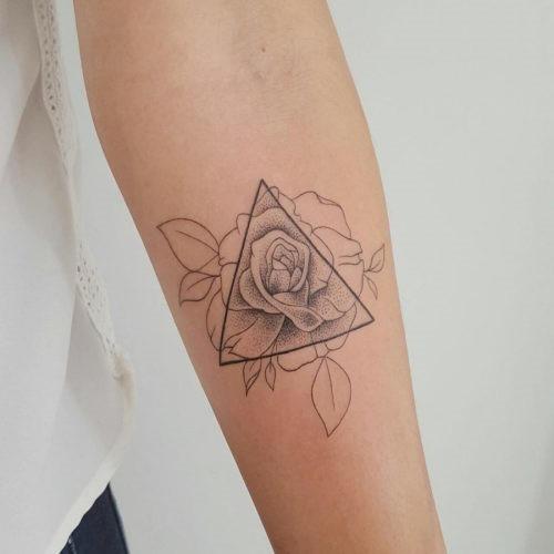 este_geomtricas_rose_tattoo