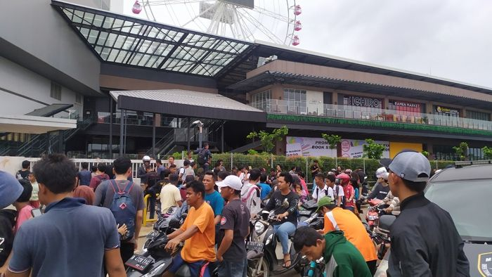 Didemo Warga Karena Jadi Biang Banjir, AEON Mall Cakung Langsung Tutup