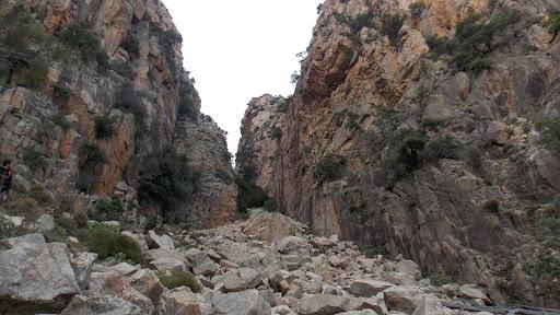 Le couloir de descente du ravin SE de la Signore Orientale