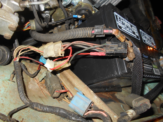 DSCN4872 83 datsun 720 wiring harness issues nissan forum nissan forums Ford Alternator Wiring Diagram at soozxer.org