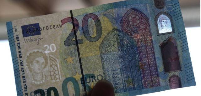 desain gambar uang euro