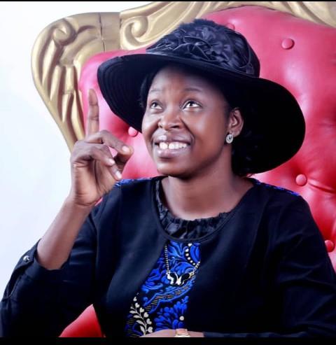 [Music] Lady evangelist Esther Nike Olanrewaju- Se igbala