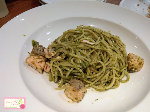 maniak-makan-pancious-senayan-city-spagetthi-salmonpesto