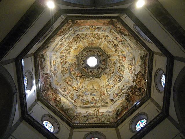 interior de la cúpula de Bruneleschi, catedral de florencia