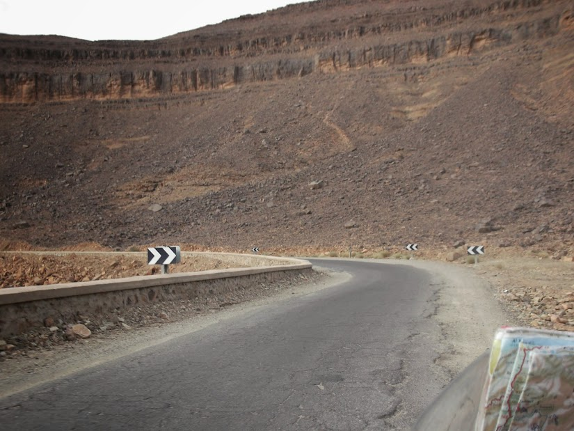 Marrocos e Mauritãnia a Queimar Pneu e Gasolina - Página 12 DSCF1413