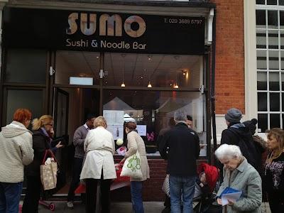 SUMO Sushi & Noodle bar