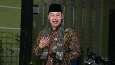 Pimpinan Pondok Pesantren Buntet Cirebon, Jabar, KH Adib Rofiuddin Izza. Pemerintah Sudah Tepat Bubarkan FPI.