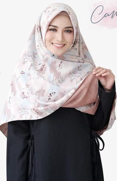 Hijab Segi Empat Panjang Bermotif
