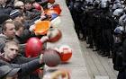 Ukraine: Dân miền đông kéo về Kiev đòi tiền chính phủ