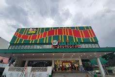 Irian Supermarket & Dept Store di Jalan Karya Sei Agul Resmi Dibuka
