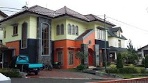 villa istana bunga 5 kamar plus karaoke set