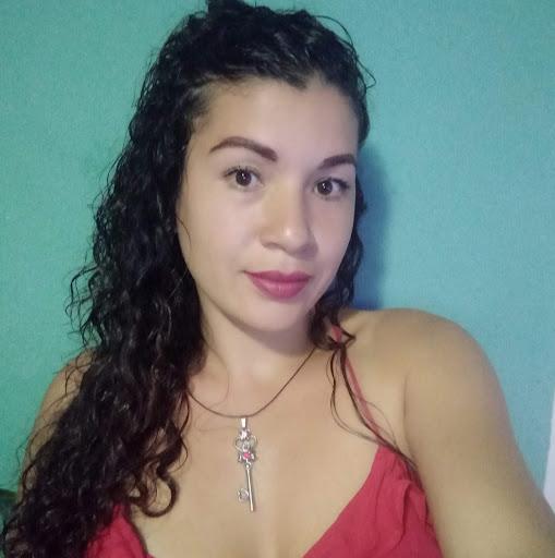 Karen Caballero Photo 25