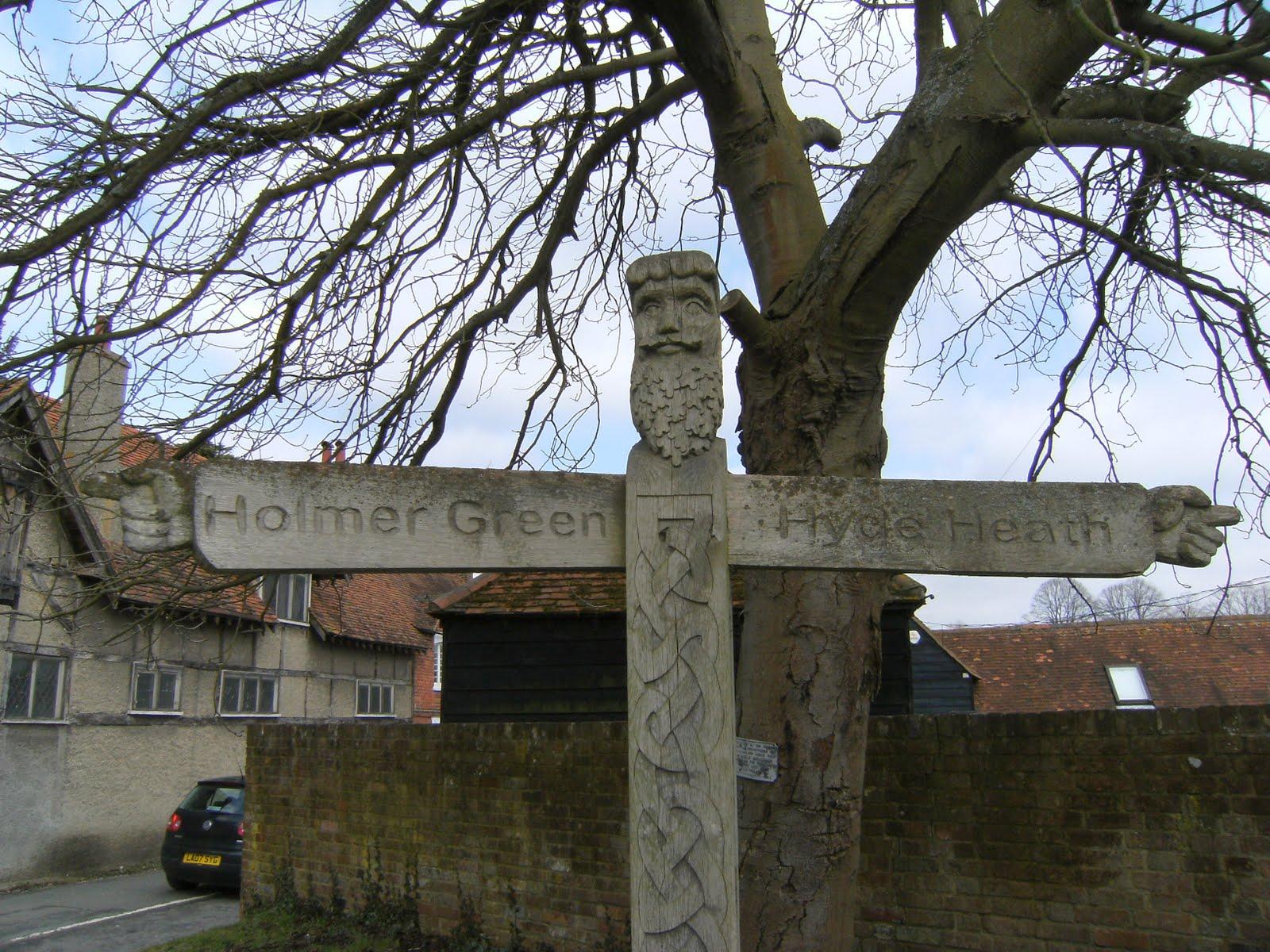 1003130011 Signpost, Little Missenden