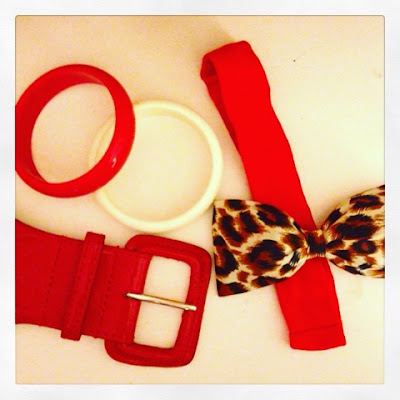 red and white bangle bracelets, red wide belt, leopard print hair bow