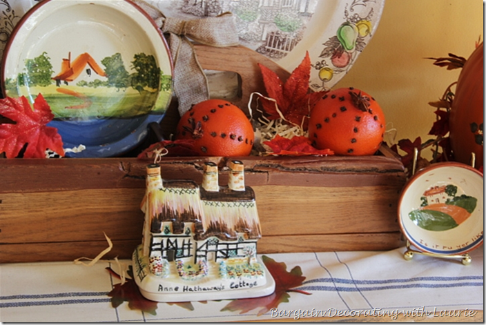 Cottage in Fall Vignette