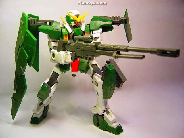 Gundam Dynames GN-002 tỷ lệ 1/100 Scale Model cho phép tái tạo bất kỳ cảnh nào của trận chiến