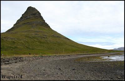 Un tour  d'Islande, au pays du feu... et des eaux. 13-Kirkjufell