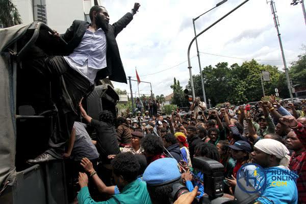 Pernah Minta Merdeka, Kini Rencana Pemekaran Papua Didukung DPR.