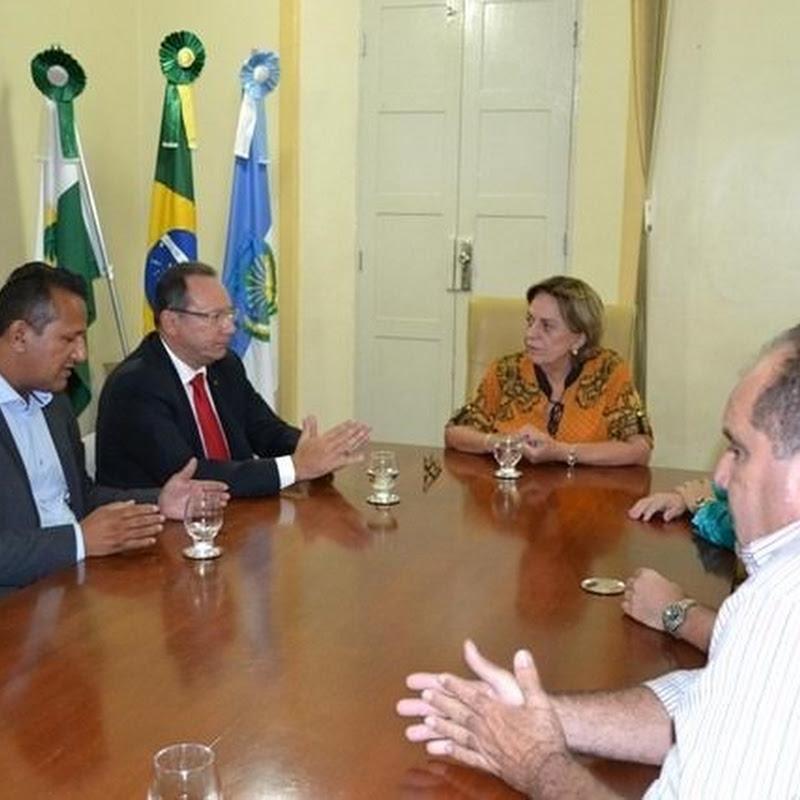 Prefeita Rosalba Ciarlini recebe presidente da FECAM