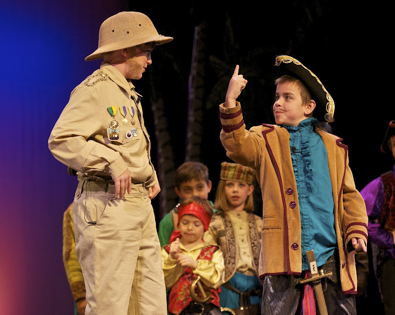 2012PiratesofPenzance - _DSC1207%2B-%2B2012-04-14%2Bat%2B10-20-52.jpg