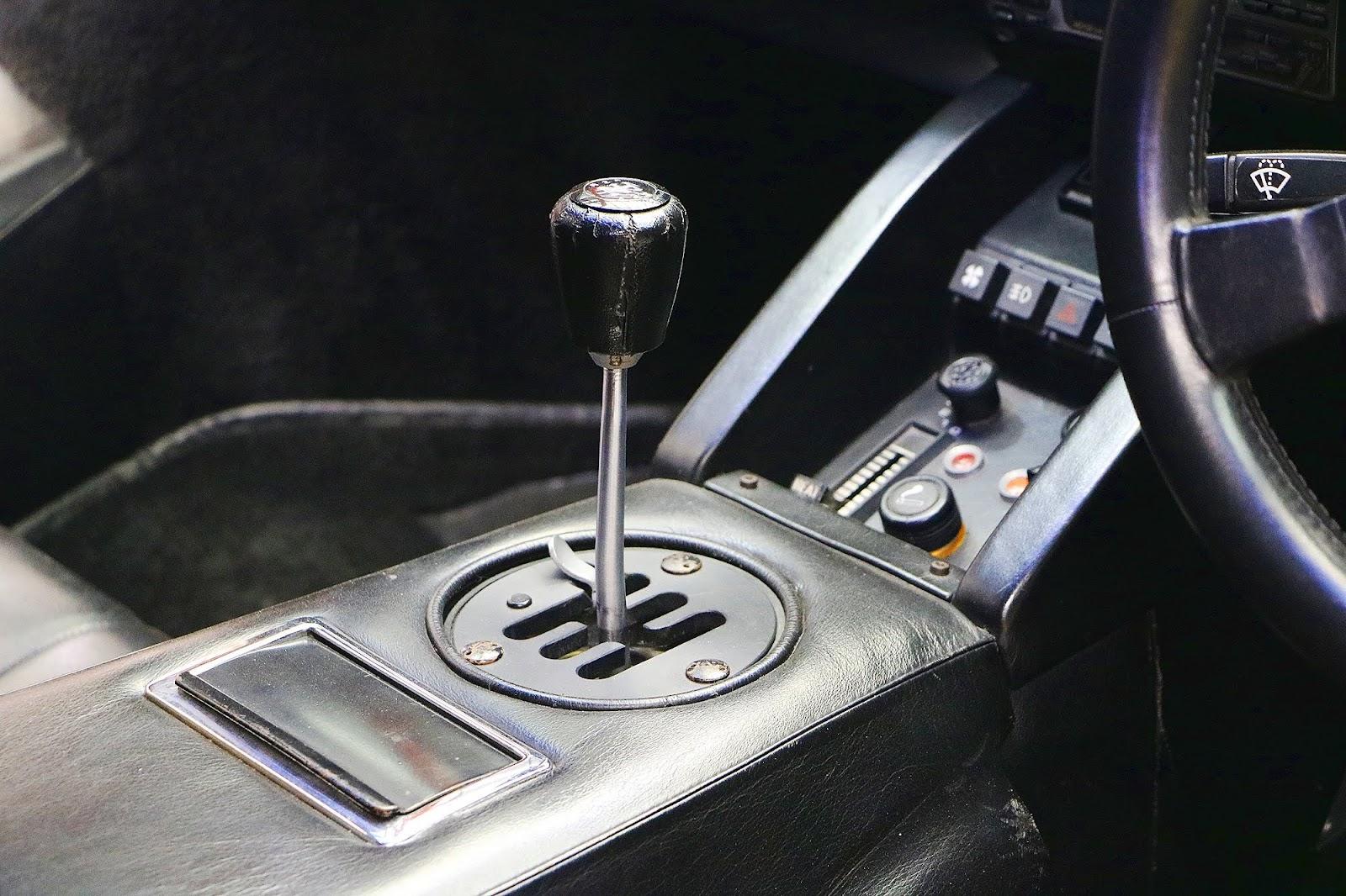 Lamborghini Countach (58).jpg