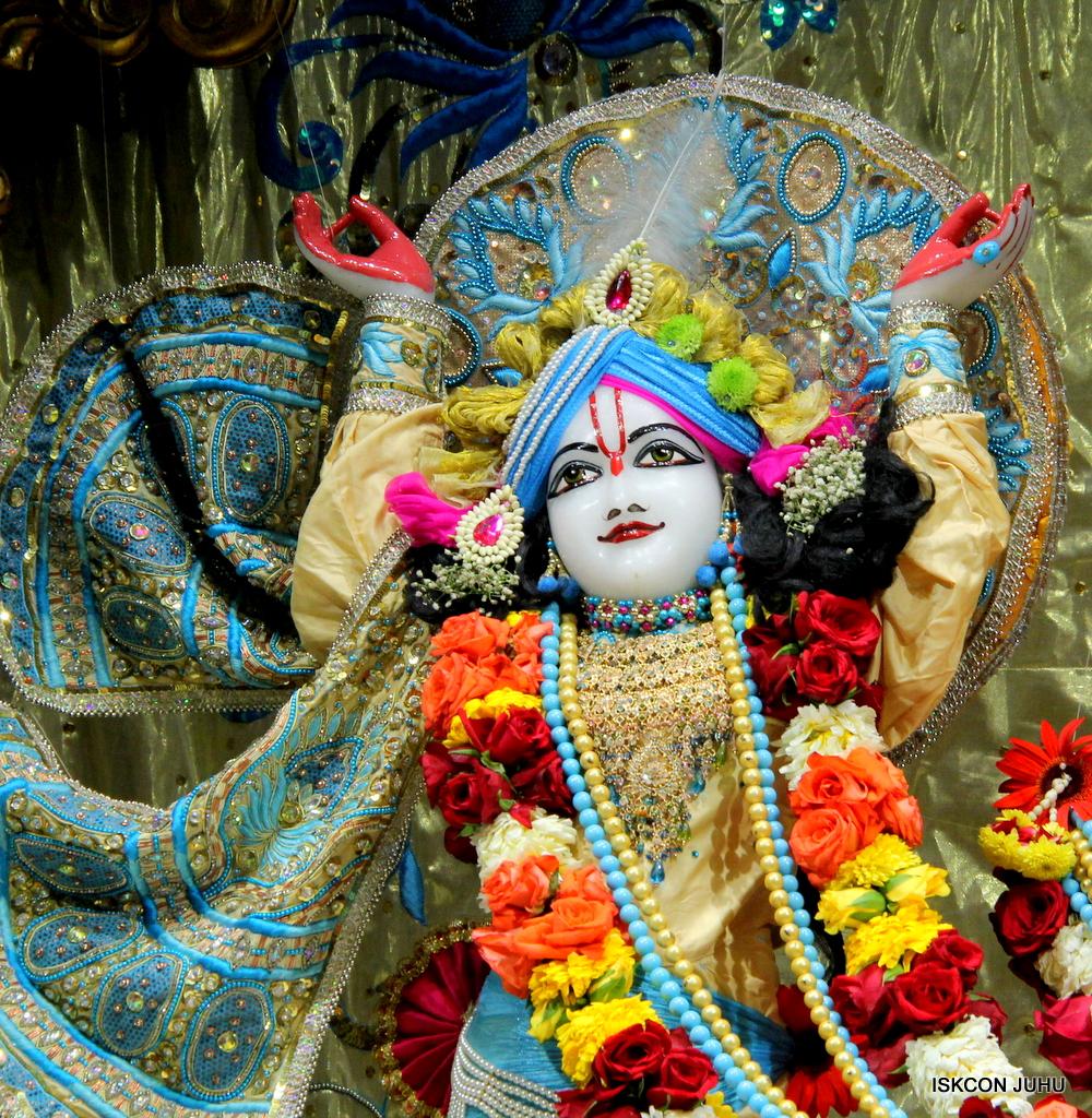 ISKCON Juhu Sringar Deity Darshan on 30th Dec 2016 (43)