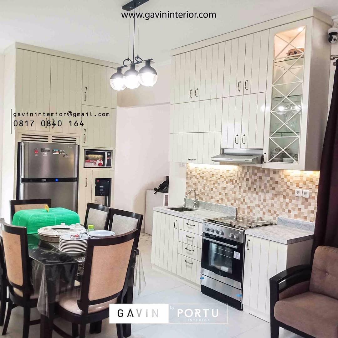 furniture dapur cantik nuansa putih