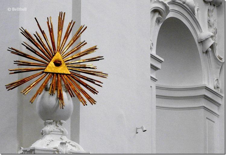 Kollegienkirche Gottessymbol