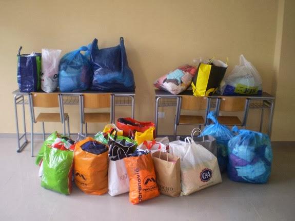 14.05.2010 - Studentska humanitarna akcija prikupljanja stare odece - p5120001_resize.jpg