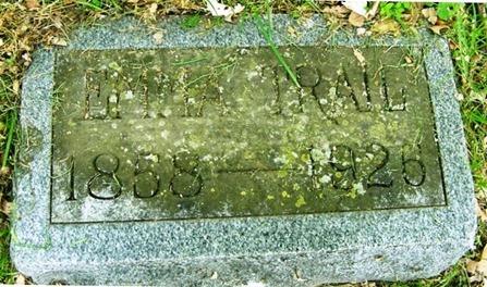 TRAIL_Emma_headstone_1926_HighlandLawnCem_TerreHauteVigoIndiana