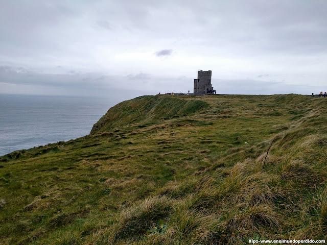 torre-acantilados-de-moher-irlanda.jpg