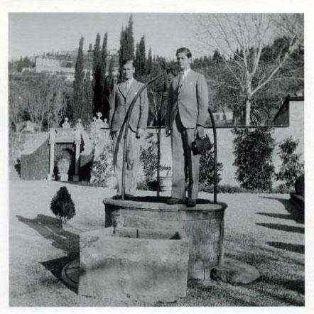 Fotografii rare în care apar Principele Philip, viitorul duce de Edinburg, soţul Reginei Elisabeta a II-a a Marii Britanii, şi Principele Mihai, viitorul rege al României