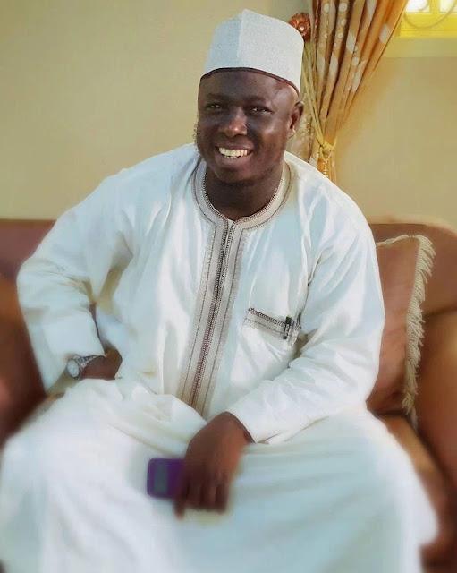 HAKKIN MUSULMI AKAN DAN UWANSA MUSULMI. 38(Sheikh Daurawa)