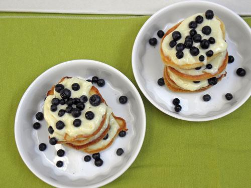 Torcik czyli niby pancakes z jagodami
