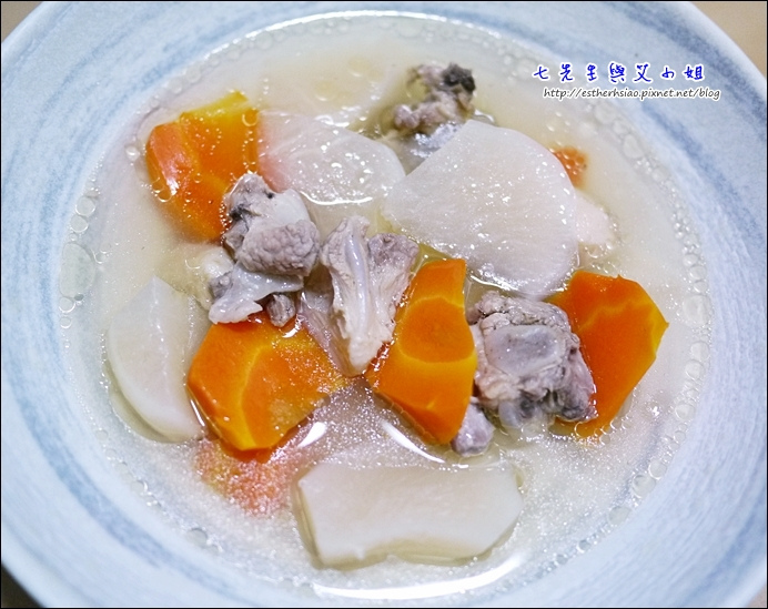 19 蘿蔔排骨湯很甜很鮮